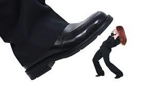 Competencia desleal. ¿ Empleados descontentos o intrusión informática?.
