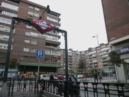 En Tetuán, Madrid; se detuvo a un Guardia Civil, tras haber abierto fuego desde su casa.