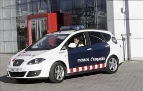 El conductor que embistió a un Mosso d'Esquadra, internado en un psiquiátrico.