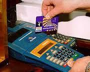 Desarticulada una banda que utilizaba tarjetas de créditos falsas.