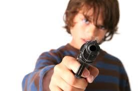 Armas y menores, gran problema en Estados Unidos.
