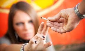 Detectives privados especializados en Madrid. Menores y sustancias ilegales.