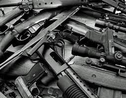 EL COMERCIO DE ARMAS EN ALZA.